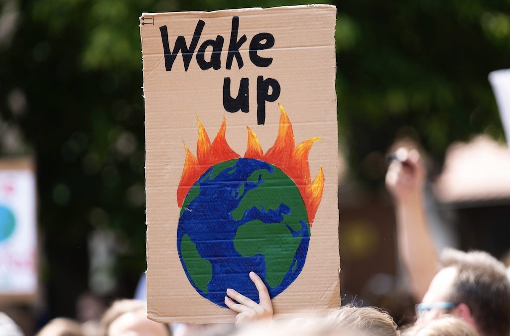 企業如何能通過合作,應對氣候急劇變化?六個關鍵方法,攜手解決全球危機
